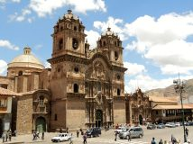 Church in the Plaza de Armas